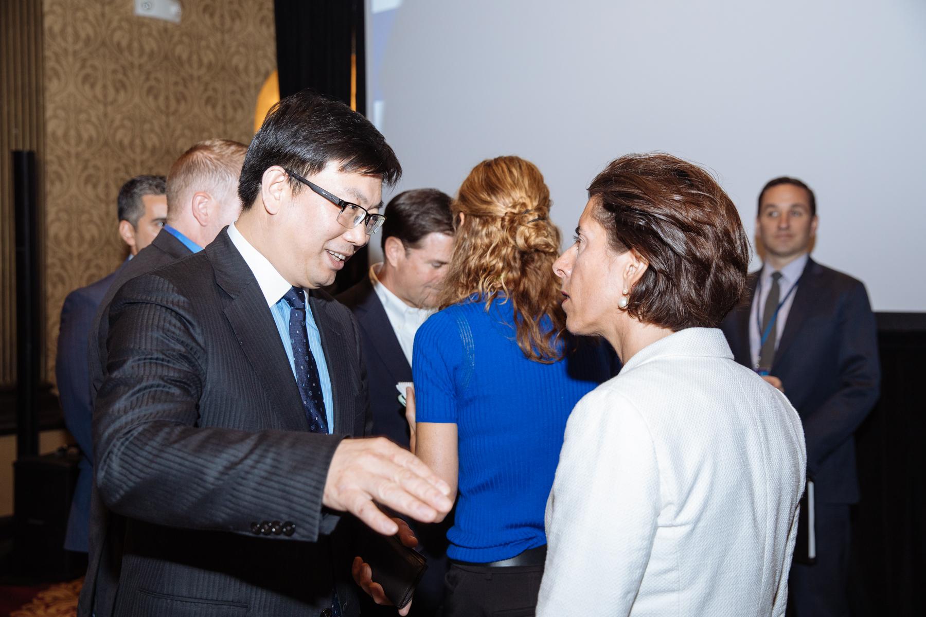 Xiao Yuqiang+Gina